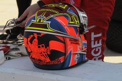Dan Wheldon's new helmet