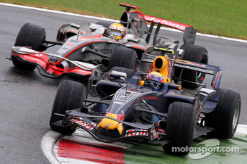 Mark Webber, Red Bull Racing, RB4 and Lewis Hamilton, McLaren Mercedes, MP4-23