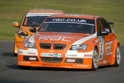 Colin Turkington leads Gordon Shedden