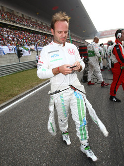 Rubens Barrichello, Honda Racing F1 Team with his ipod