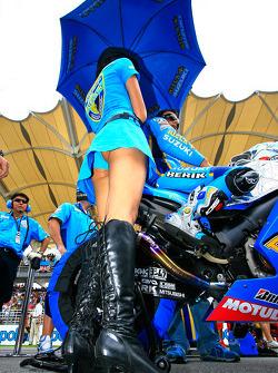Rizla Suzuki MotoGP grid girl