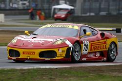 #78 BMS Scuderia Italia Ferrari 430: Joel Camathias, Jose Manuel Balbiani