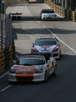 Local Touring car drivers practice