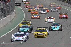 Start: #7 Larbre Competition Saleen S7: Frédéric Makowiecki, Roland Berville and #5 Phoenix Carsport Racing Corvette C6R: Marcel Fassler, Ricardo Risatti lead the field