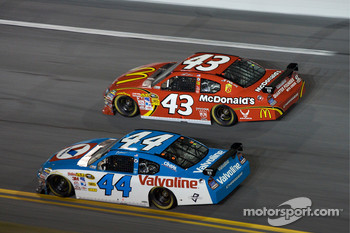 Reed Sorenson, Richard Petty Motorsports Dodge, A.J. Allmendinger, Richard Petty Motorsports Dodge