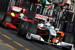 Adrian Sutil, Force India F1 Team, VJM-02, VJM02, VJM 02 leads Felipe Massa, Scuderia Ferrari, F60