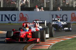 Lewis Hamilton, McLaren Mercedes, MP4-24 leads Robert Kubica, BMW Sauber F1 Team, F1.09