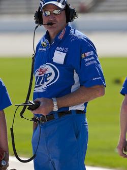 Miller Lite crew chief Pat Tryson