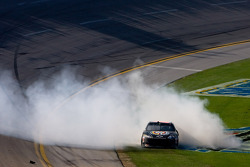 Race winner Brad Keselowski, Phoenix Racing Chevrolet celebrates