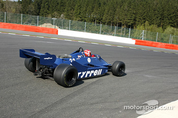 #33 Bill Coombs (GB) Tyrrell 009-01, Startline Racing (1979)