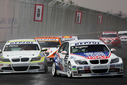 Franz Engstler, Liqui Moly Team Engstler, BMW 320si and Augusto Farfus, BMW Team Germany, BMW 320si