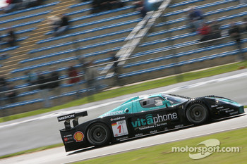 #1 Vitaphone Racing Team Maserati MC 12: Michael Bartels, Andrea Bertolini