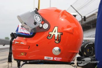 A.J. Foyt IV's helmet paying tribute to his grandfather and four-time