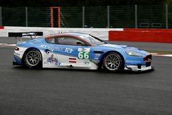 #66 Jetalliance Aston Martin DBR9: Lukas Lichtner-Hoyer, Thomas Gruber, Alex Müller