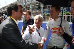 Bernie Ecclestone with Christian Horner, Red Bull Racing, Sporting Director and Sebastian Vettel, Red Bull Racing