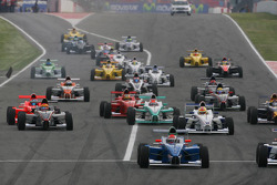 Start of the race, Luiz Felipe Nasr, Eurointernational
