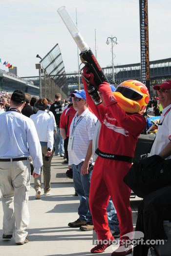 The Firestone Firehawk with the t-shirt gun