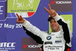 Podium, 3rd, Jorg Muller,  BMW Team Germany, BMW 320si
