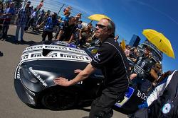 #68 Dörr Motorsport GmbH BMW 130i pushed to starting grid