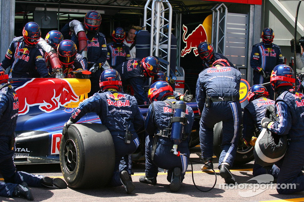 Pitstop of Mark Webber, Red Bull Racing