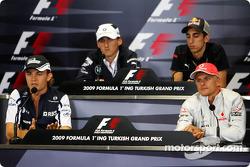 Nico Rosberg, Williams F1 Team, Robert Kubica, BMW Sauber F1 Team, Sebastien Buemi, Scuderia Toro Rosso, Heikki Kovalainen, McLaren Mercedes