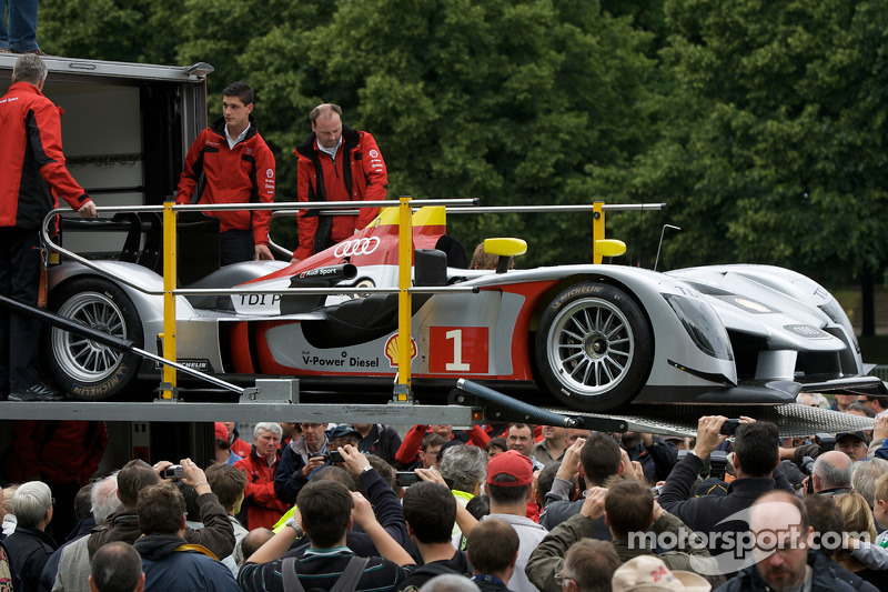 #1 Audi Sport Team Joest Audi R15 TDI is taken out of the truck at scrutineering