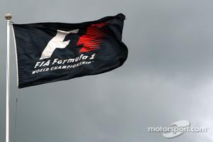 F1 already in trouble according to Mackenzie