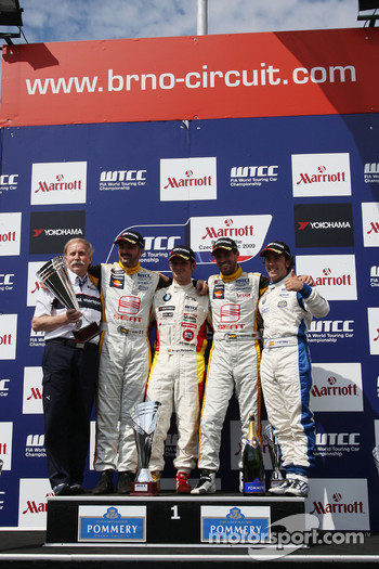 Friedhelm Nohl, Yvan Muller, Seat Sport, Sergio Hernandez, BMW Team Italy-Spain, Tiago Monteiro, Seat Sport, Felix Porteiro, Scuderia Proteam Motorsport