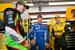 Kyle Busch, Joe Gibbs Racing Toyota, Greg Biffle, Roush Fenway Racing Ford, Matt Kenseth, Roush Fenway Racing Ford