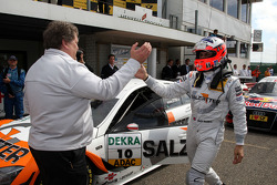 Norbert Haug, Sporting Director Mercedes-Benz congratulating winner Gary Paffett, Team HWA AMG Mercedes C-Klasse