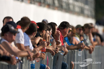 Fans ready for the practice session