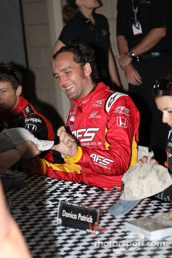 Autograph session: Franck Montagny, AFS Racing/Andretti Green