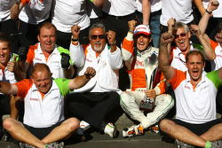 Force India Team celebration, Giancarlo Fisichella, Force India F1 Team and Vijay Mallya Force India F1 Team Owner