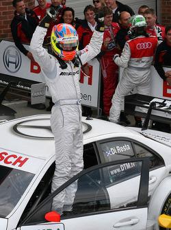 Race Winner Paul di Resta, Team HWA AMG Mercedes AMG Mercedes C-Klasse