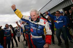 Hugues de Chaunac and Team Oreca team members celebrate win