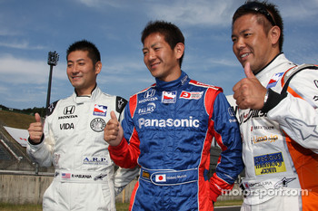 Japanse drivers Roger Yasukawa, Dreyer & Reinbold Racing, Hideki Mutoh, Andretti Green Racing, Kosuke Matsuura, Conquest Racing, pose for a photo