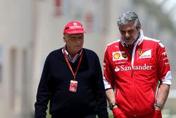 Niki Lauda, Mercedes Non-Executive Chairman and Maurizio Arrivabene, Ferrari Team Principal