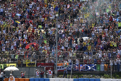 Winner Valentino Rossi, Yamaha Factory Racing celebrates with the fans