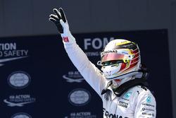 Pole for Lewis Hamilton, Mercedes Petronas AMG F1