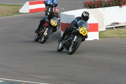 Barry Sheene Memorial Trophy race action