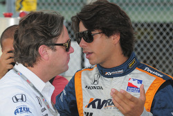 Jimmy Vasser and Mario Moraes talking
