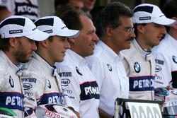 Nick Heidfeld, BMW Sauber F1 Team, Christian Klien, Test Driver, BMW Sauber F1 Team, Willy Rampf, BMW-Sauber, Technical Director, Dr. Mario Theissen, BMW Sauber F1 Team, BMW Motorsport Director and Robert Kubica, BMW Sauber F1 Team