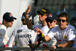 Fernando Alonso, Renault F1 Team and Sebastian Vettel, Red Bull Racing