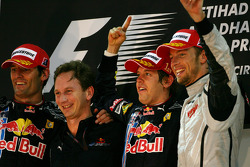 Podium: race winner Sebastian Vettel, Red Bull Racing, with second place Mark Webber, Red Bull Racing, Christian Horner, Red Bull Racing, Sporting Director and third place Jenson Button, Brawn GP