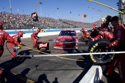 Pit stop for Kasey Kahne, Richard Petty Motorsports Dodge