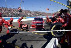 Pit stop for Kasey Kahne, Richard Petty Motorsports Dodge