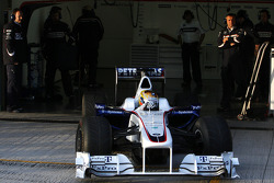 Esteban Gutierrez, Tests for BMW Sauber team leaves the garage for the first time