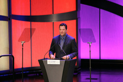 Myers Brothers Awards: WIX Filters lap leader award to Tony Stewart
