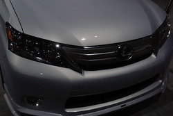 Lexus HS Hybrid