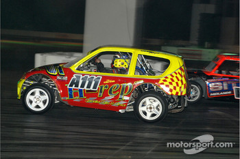 Auto Grass Racing in Live Action Arena